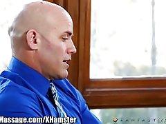 Vreemdgaan manlief busted voor erotische huis massage van lot