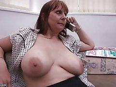 Moeder grote borsten door br1990